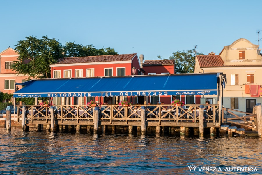 "The restaurant ""Da Celeste"" on the Venice lagoon island of Pellestrina offers great fish dishes and gives you the opportunity to watch the sun set over the lagoon."