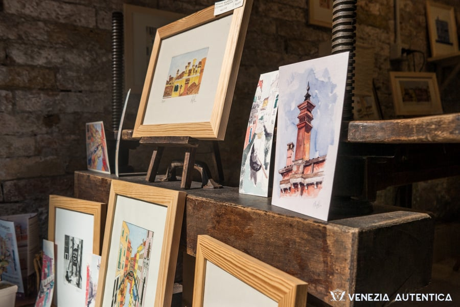 Artisanal prints and art works designed and crafted by Plum Plum Creations in Venice, Italy