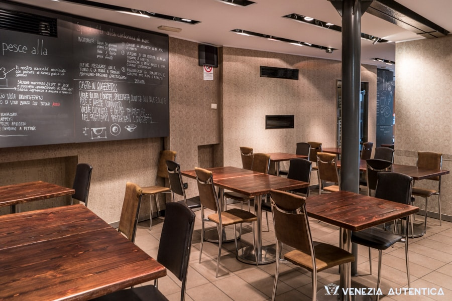 """The fresh and sleek """"Impronta Caffè"""" in Venice is much appreciated for the quality of its food, the prices, and the friendly staff"""