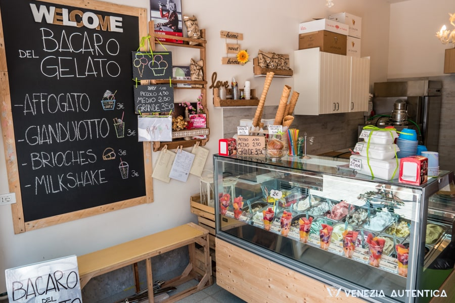 """Bacaro del Gelato"" in Venice is a new, young and fresh gelateria on the beautiful Fondamenta della Misericordia, which offers great gelato and a very friendly service."