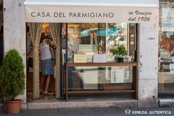 Casa del Parmigiano - Venezia Autentica | Discover and Support the Authentic Venice -