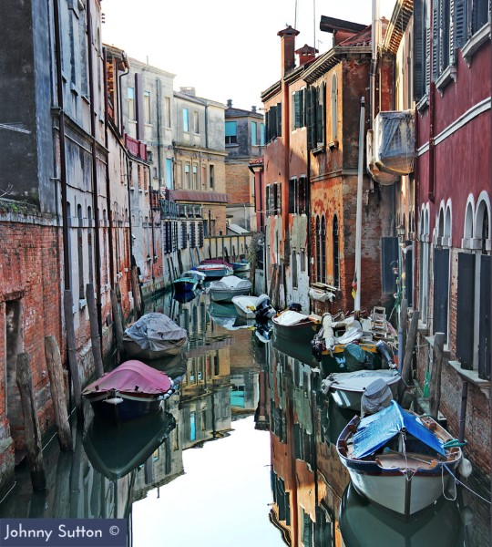Venetian Boats Photography by Johnny Sutton [PHOTO GALLERY] - Venezia Autentica | Discover and Support the Authentic Venice -