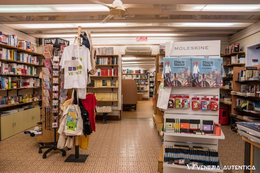 Libreria Toletta in Venice, in the district of Dorsoduro, is the most socially active bookshop in town
