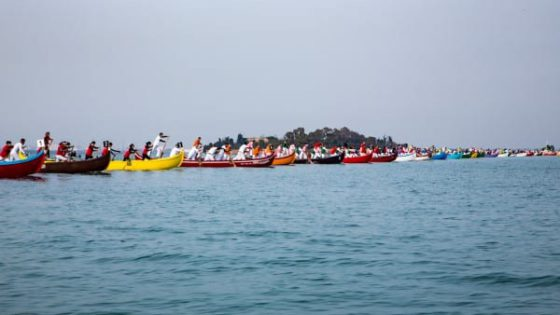 In the lagoon of Venice, 50 traditional venetian boats ready to start their regatta