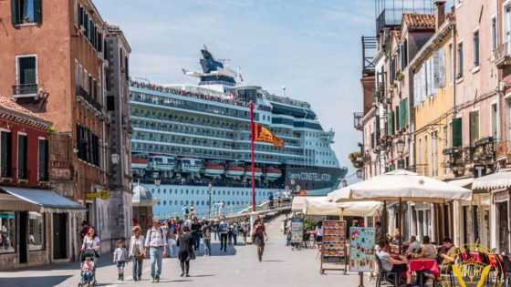 Good or bad? The truth about the cruise ships in Venice, Italy - Venezia Autentica | Discover and Support the Authentic Venice - Sunday 25th, 2016, venetians demonstrated their opposition to the cruise ships and their love for Venice in a peaceful, festive protest