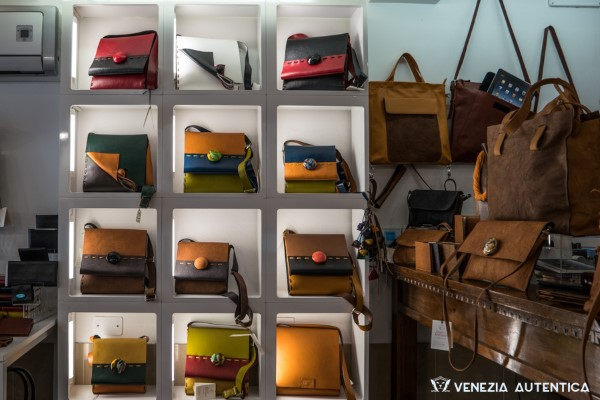Raggio Veneziano Leather Bags - Venezia Autentica | Discover and Support the Authentic Venice -