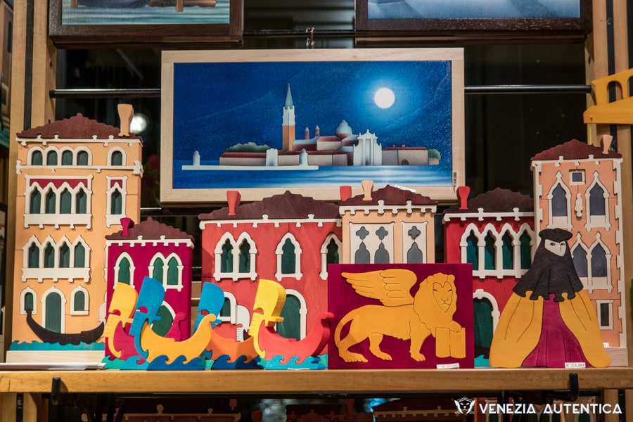 A large collection of Signor Blum's hand made wooden creations represent Venice, it's traditions and its landmarks.