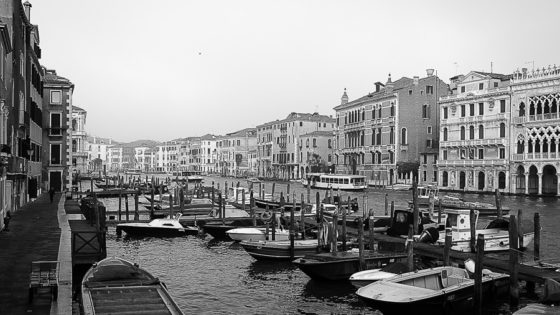 Venice in Black and White by Annik Susemihl [Photo Gallery] - Venezia Autentica | Discover and Support the Authentic Venice - Away from the crowds, away from the clichés, on a discovery of the real Venice