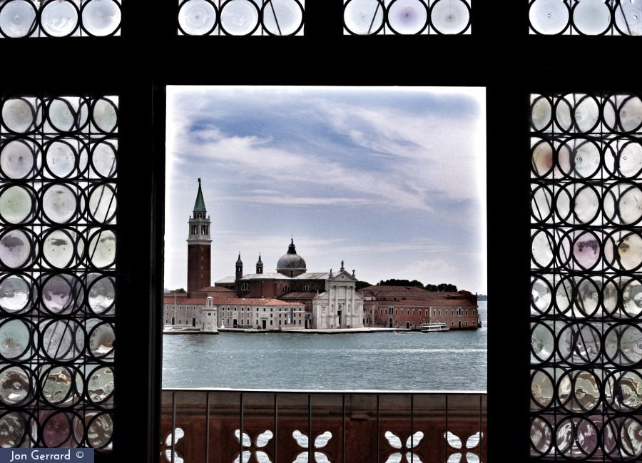 The many facets of Venice by Jon Gerrard [Photo Gallery] - Venezia Autentica | Discover and Support the Authentic Venice - Away from the crowds, away from the clichés, on a discovery of the real Venice