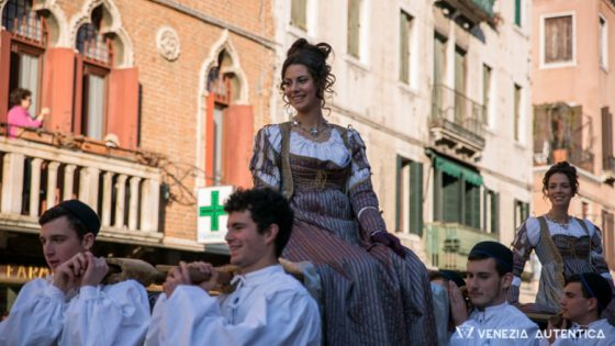 Discover and admire the oldest Venetian celebration: La Festa delle Marie [VIDEO] - Venezia Autentica | Discover and Support the Authentic Venice - Contrary to what's commonly shown of Venice, the Italian city is more than an open museum. 'Venezia' is a living city, home of the Venetians since centuries and