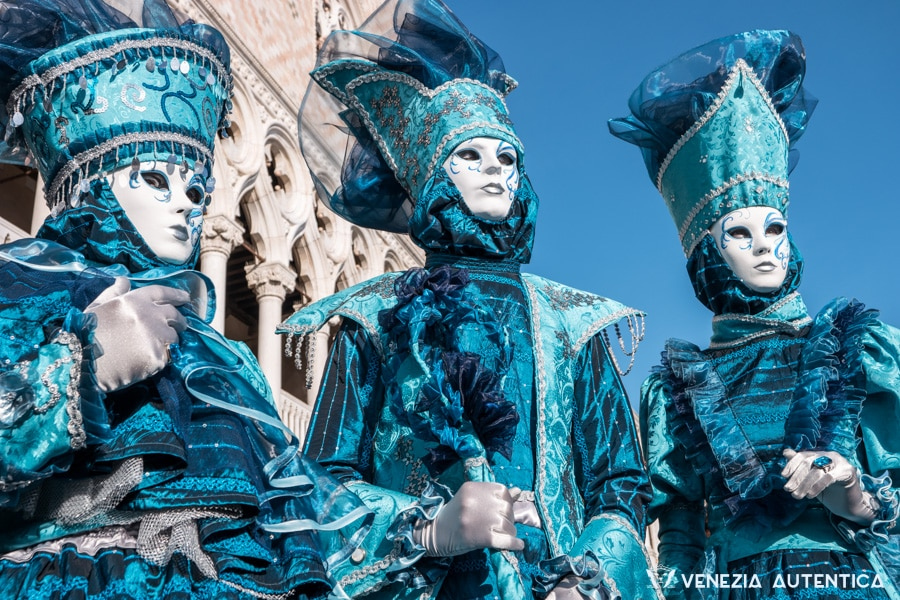 Carnival of Venice, Italy, the eyes behind the Venetian Masks [VIDEO] - Venezia Autentica | Discover and Support the Authentic Venice - Shot in Venice, Italy, during the Carnival 2016, this short film seeks to capture the life beyond the masks and costumes.