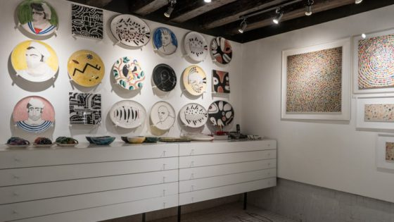 "Alessandro Merlin Ceramics - Venezia Autentica | Discover and Support the Authentic Venice - Located in Calle Lunga Santa Maria Formosa, in the district of Castello, the ""Libreria Acqua Alta"" will stunn you for its incredibly creative book shelves."