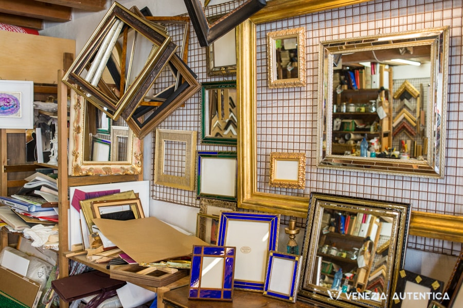 Cornici Trevisanello - Venezia Autentica | Discover and Support the Authentic Venice - If you want beautiful, custom crafted frames for your important memories and your favorite paintings,  Cornici Trevisanello will be able to meet all your desires.