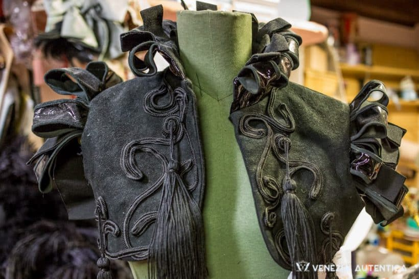 La Bottega del Costume di Nicoletta Lucerna - Venezia Autentica | Discover and Support the Authentic Venice -