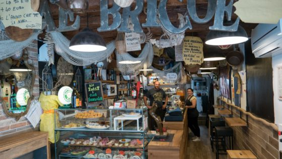 Ae Bricoe - Venezia Autentica | Discover and Support the Authentic Venice - Extremely good cichetti, good wines, friendly staff and the typical atmosphere of a real Venetian bacaro.