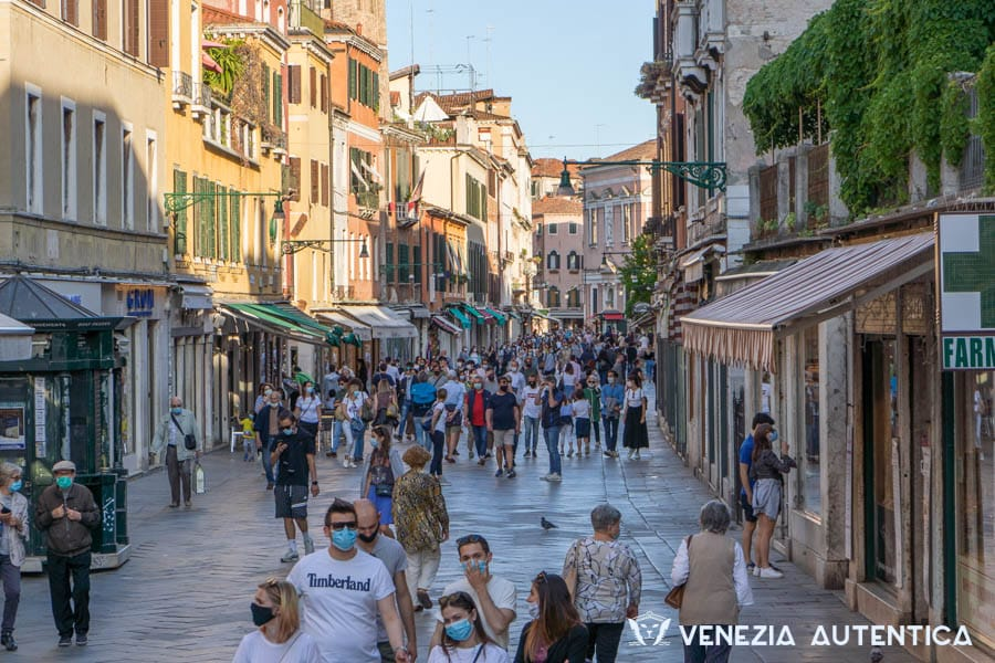 Venice after Coronavirus - coronavirus - Venezia Autentica | Discover and Support the Authentic Venice - Coronavirus COVID-19 has distrupted our world, but how has it affected Venice? Is it safe to visit? How many cases have there been? Here's all you need to know!